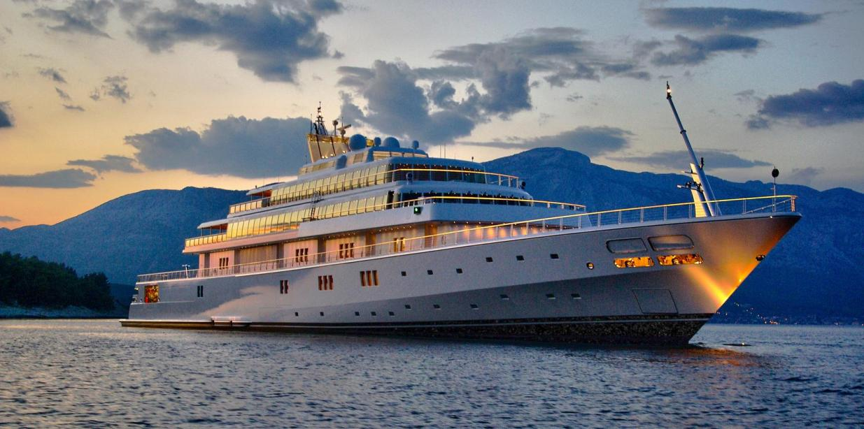 Top 10 Most Expensive Yachts Ever_8