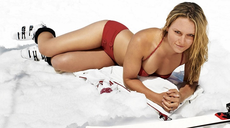 Hotties On Ice The 10 Best Winter Bikini Photoshoots _2