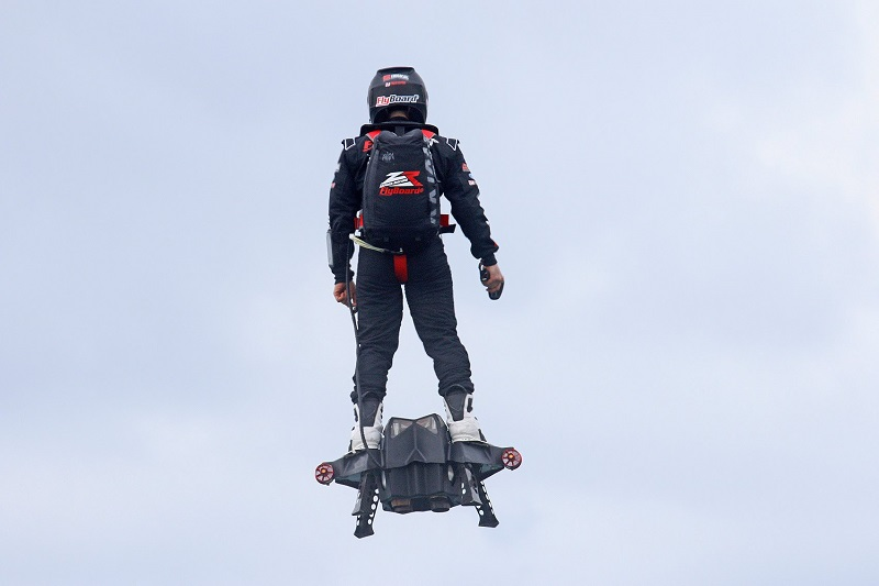 The 5 Most Mind-Blowing Jetpacks_5. Jetboards