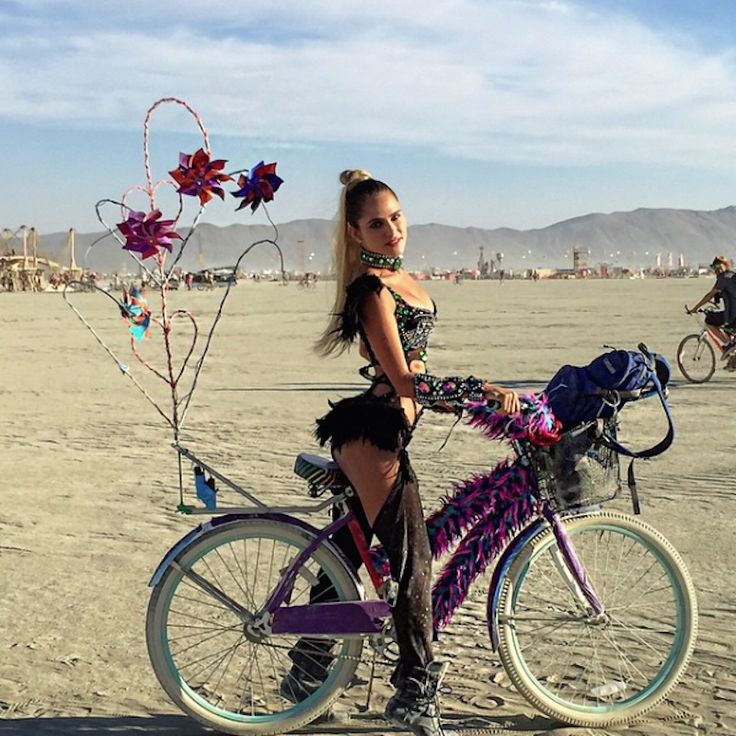 The Hottest Burning Man Babes_3