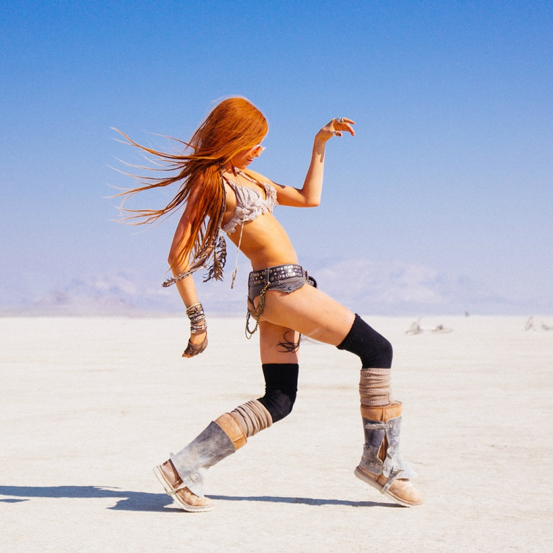 The Hottest Burning Man Babes_7