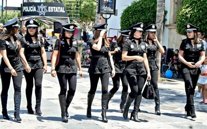 sexiestt uniforms_mexico police