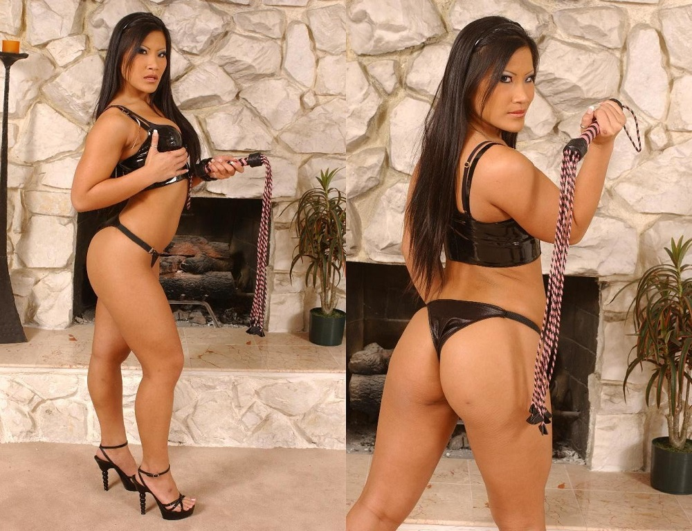 strippers_Christina Aguchi