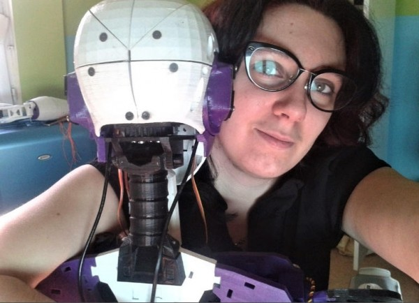 lily and robot_4