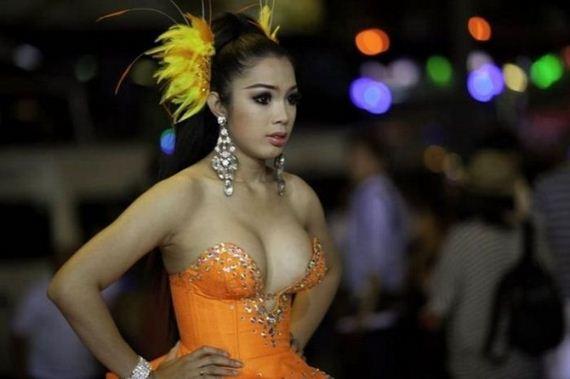 ladyboys pageant_3