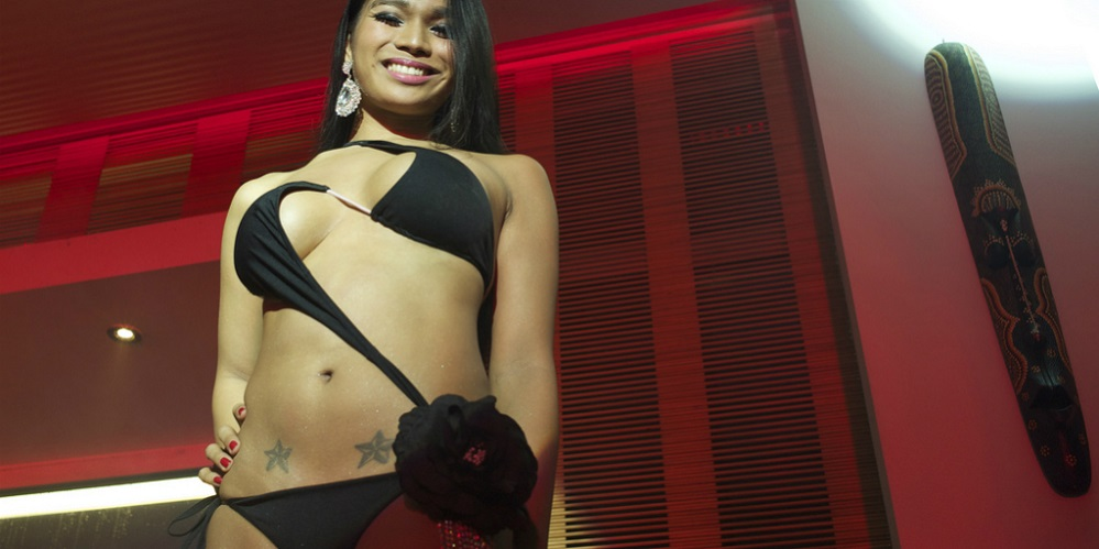 ladyboys pageant_featured