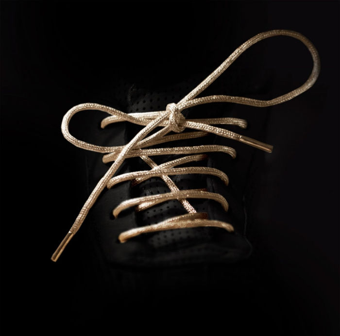 made of pure gold_shoe lace